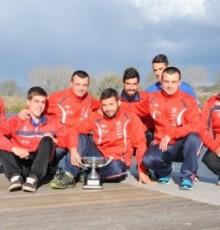 O Kaiak Tudense xa ten en Tui o trofeo de campión de España de inverno