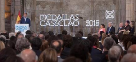 O presidente galego apela á humildade de Castelao para pedir o respecto ás tradicións