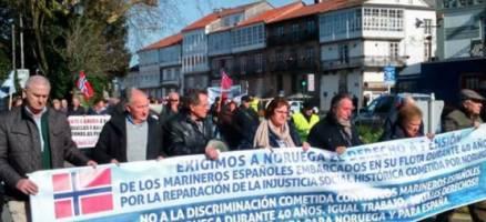 Decenas de mariñeiros esixen ao Estado que apoie o reclamo das súas pensións a Noruega