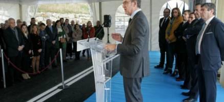 Feijóo enxalza o novo acceso ao porto de Burela e o remate da vía de altas prestacións entre Celeiro e San Cibrao