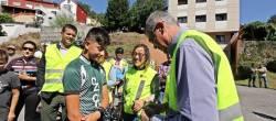 A Xunta distribuirá máis de 600 cortaventos reflectantes entre os afeccionados ao ciclismo para incrementar a súa visibilidade e fomentar condutas responsables nas estradas