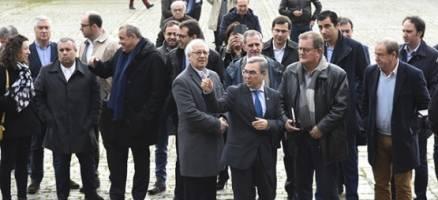 A Xunta presenta a alcaldes portugueses as instalacións e funcionamento da AGASP e do Centro de Emerxencias 112