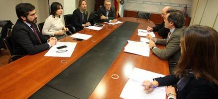 Medio Ambiente reúnese coa Fegamp para explicarlle as liñas da futura Lei de medidas ante situacións de seca