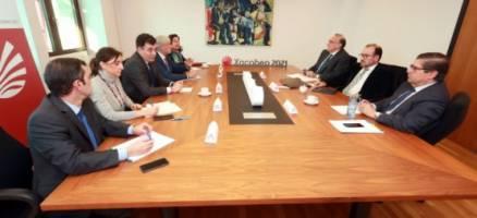 Román Rodríguez e Carmen Pomar eúnese cos reitores das universidades galegas para involucralas na organización do Xacobeo de 2021