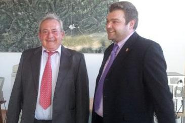 O alcalde de Riba de Sil e o Deputado de Cooperación cos Concellos