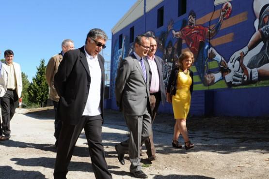 Xesús Vázquez na visita ás instalacións.