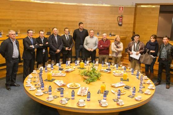 Reunión dos representante municipais de Área Santiago