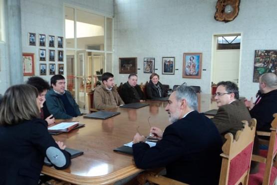 Cores Tourís na reunión en Forcarei