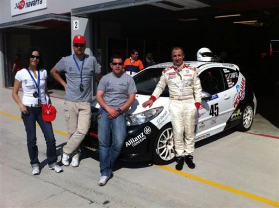Juan Campos xunto con algúns membros do seu equipo