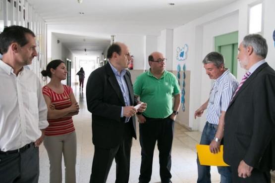 Cores Tourís na visita ao CEIP de Arbo