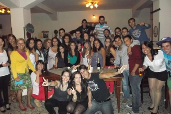 nuria-con-amigos-italianos-e-espanois