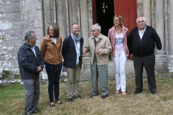 Vázquez Abad na visita a unha das obras de restauración