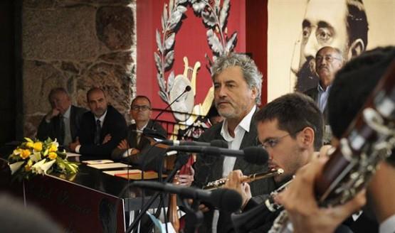 """Manuel Rivas no acto de entrega do premio """"Celanova, casa dos poetas"""""""
