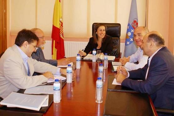 Ethel Vázquez na reunión coa Confederación Hidrográfica do Douro