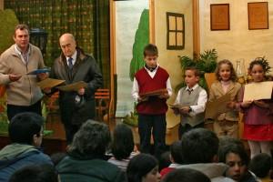 Carlos-loureiro-con-nenos