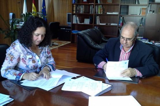 Belén do Campo na reunión co alcalde de Tordoia
