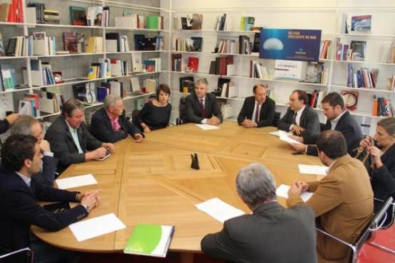 Reunión na reitoría de Vigo