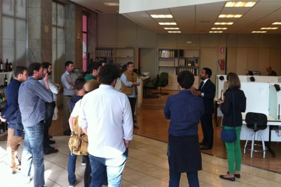 Visita dos alumnos do Instituto Galego do Viño
