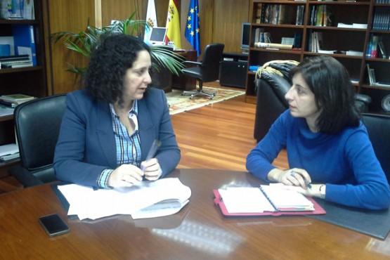Belén do Campo na reunión coa alcaldesa de Melide