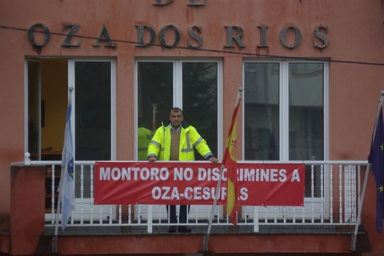 Pancarta en Oza-Cesuras