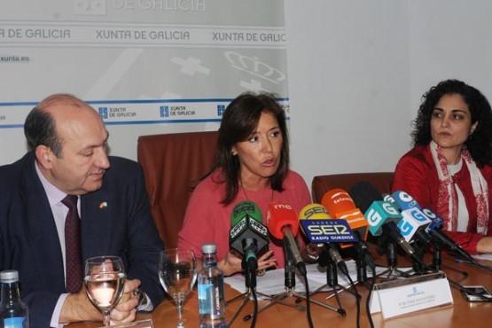 Beatriz Mato no anuncio do inicio da construción do centro de día de Vilardevós