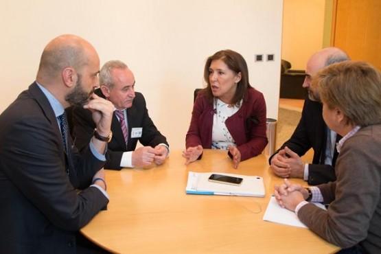 Beatriz Mato na reunión. Foto: X. Crespo