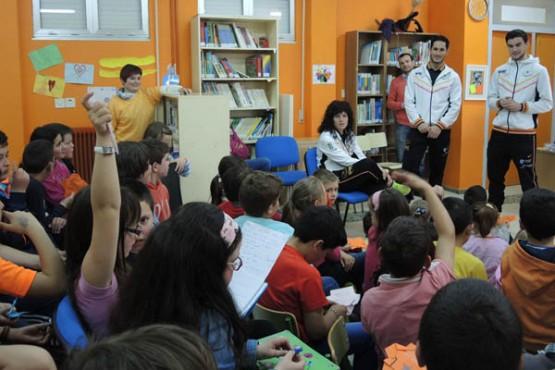 Visita dos xogadores ao centro educativo