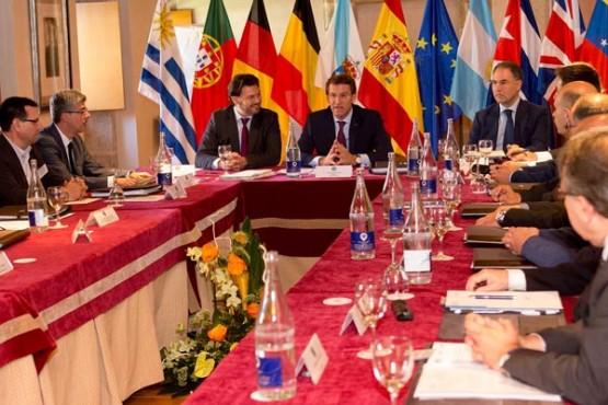 Feijóo no encontro da Comisión Delegada do Consello de Comunidades Galegas. Foto: X. Crespo