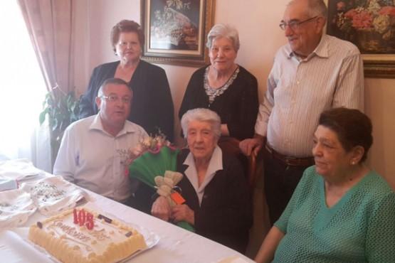 Celebración do 105 aniversario