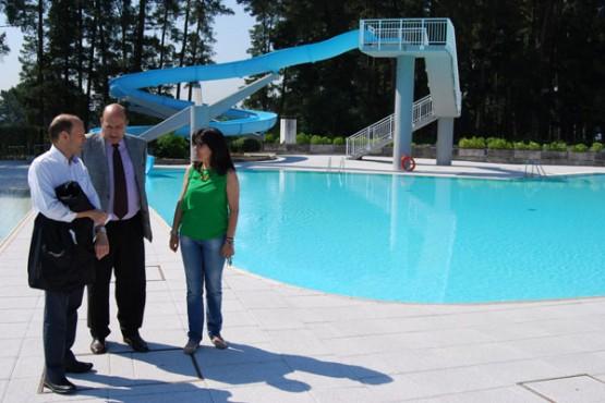 Rogelio Martínez na visita ao complexo deportivo