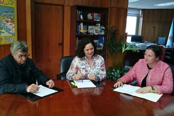Belén do Campo na reunión co alcalde de Boimorto