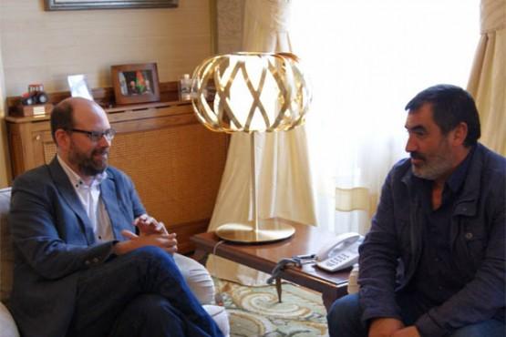 Noriega na reunión co alcalde de Val do Dubra