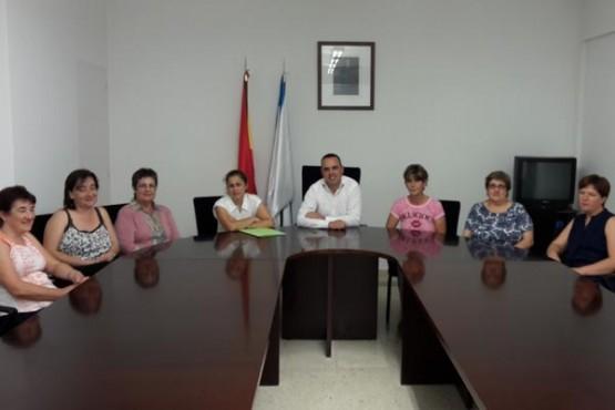 Reunión dos responsables municipais con representantes do servizo