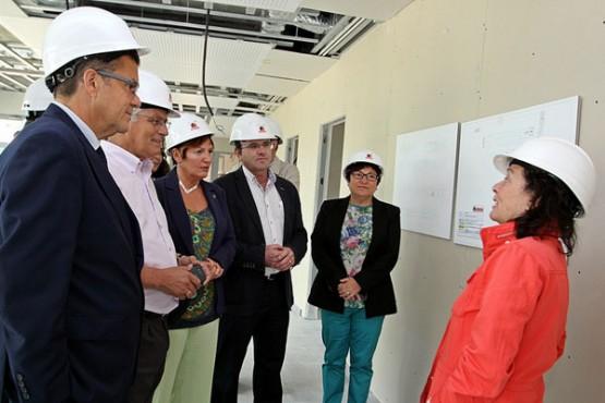 Rocío Mosquera na visita ás obras