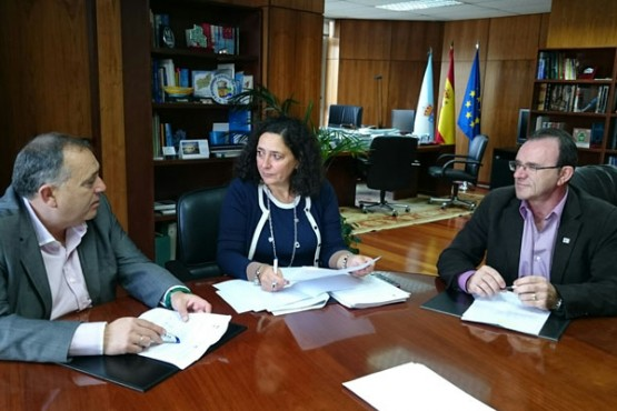 Belén do Campo na reunión cos alcaldes da Laracha e Malpica