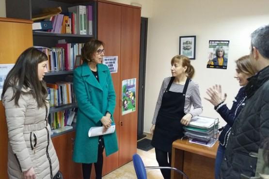 Raquel Arias na visita ao CIM de Ribadeo