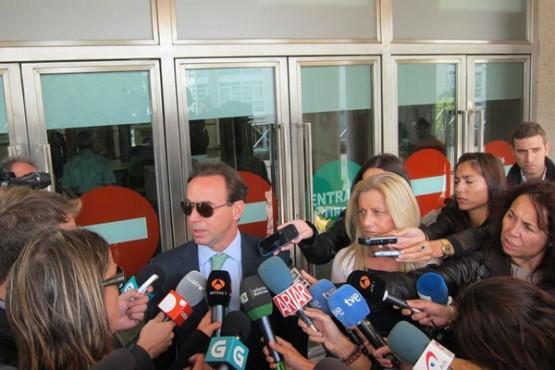 O avogado da acusción popular ante os medios