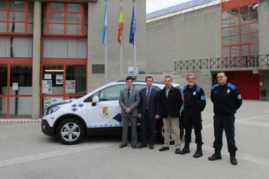Presentación do vehículo policial