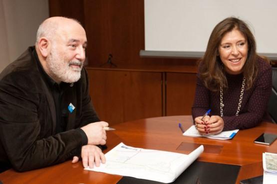 Beatriz Mato na reunión co alcalde de Ribadeo. Foto: A. Varela
