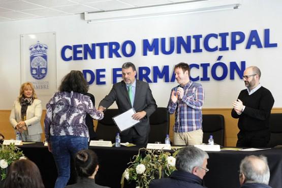 Entrega de diplomas. Foto: M. Fuentes
