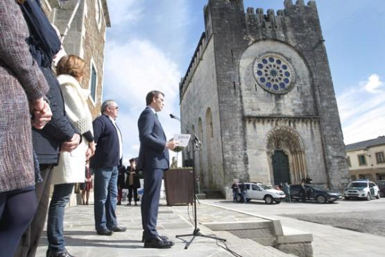 Feijóo na visita a Portomarín. Foto: C. Paz