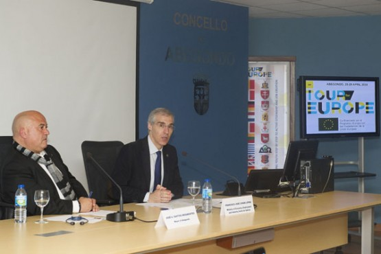 "Francisco Conde na conferencia sobre o programa ""On tour for Europe"". Foto: M. Fuentes"