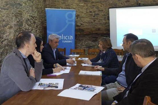 Nava Castro na reunión cos alcaldes do Camiño Francés