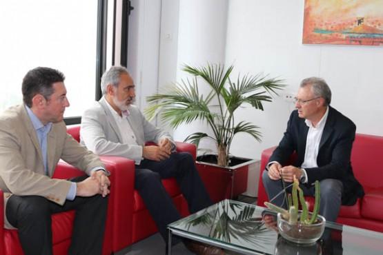 Cores Tourís na reunión co alcalde do Rosal