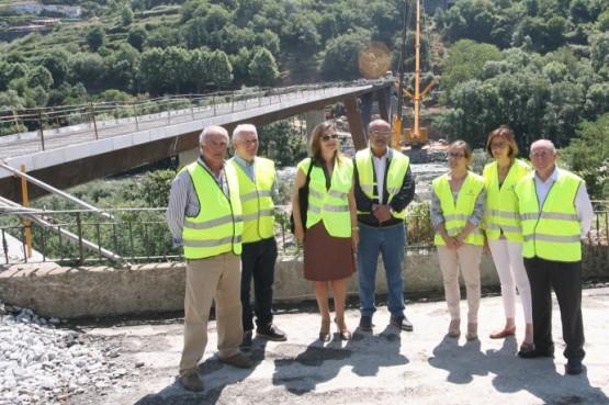 Ethel Vázquez na visita ás obras da nova ponte sobre o Miño