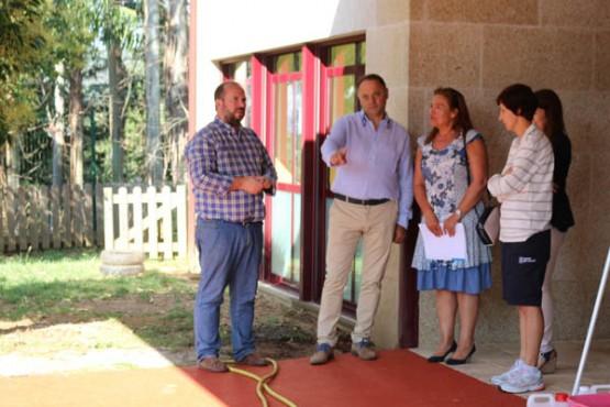 A secretaria territorial da Xunta na provincia de Pontevedra na visita ás instalacións