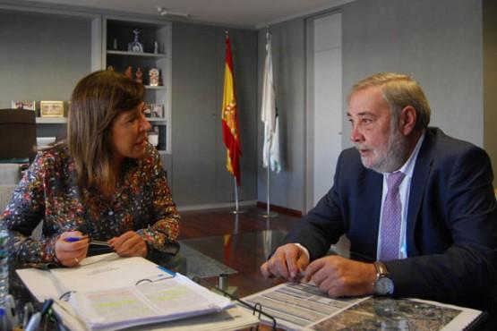 Beatriz Mato na reunión co alcalde de Culleredo