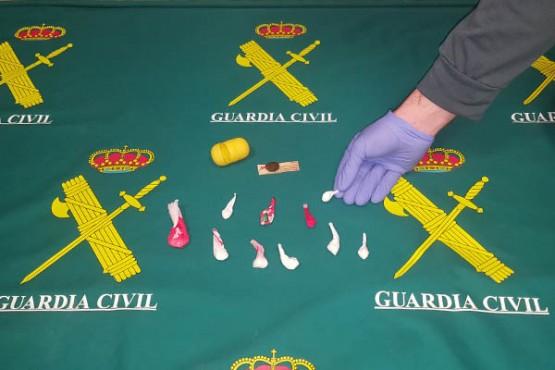 A Garda Civil detén por tráfico de drogas a un veciño de Moaña