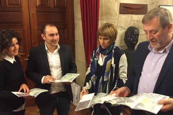 A directora de Turismo de Galicia na presentación da guía