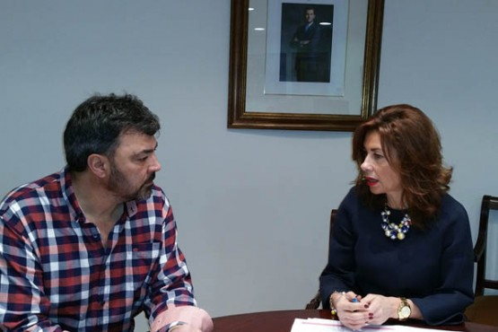 Marisol Díaz na reunión co alcalde da Mezquita